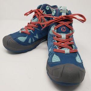 NWOT Ladies Merrell Capra Hiking Boota - size 4